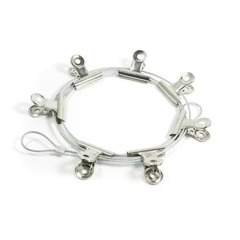 Flot & stilren stål snor med 8 sølvfarvede klemmer til dine billeder eller små sedler.