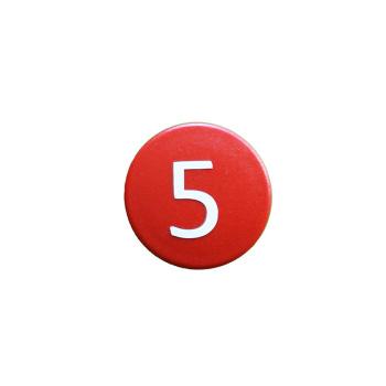 Rød talmagnet med hvidt 5-tal
