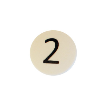 Hvid rund talmagnet m. tallet 2, plast og neodymium