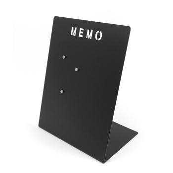 Memo tavle fra Trendform i sort. Indeholder også 3 stærke magneter.